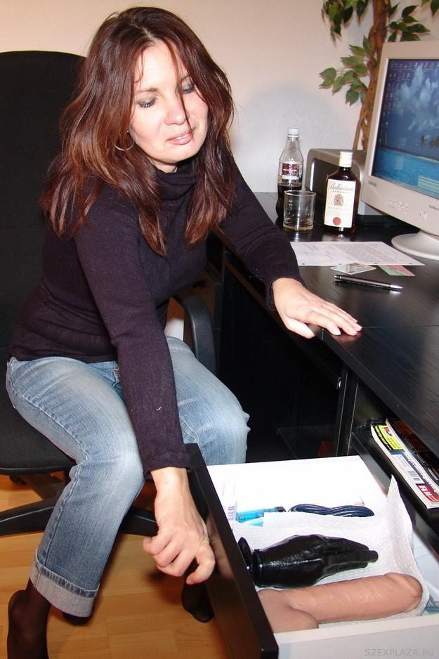 Amatőr pornója miatt perelte a Szexplázát dr. Balogh Emese